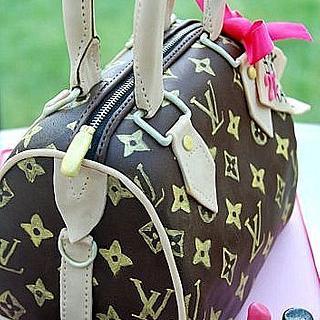 LV handbag - Cake by The Sugarpaste Fairy