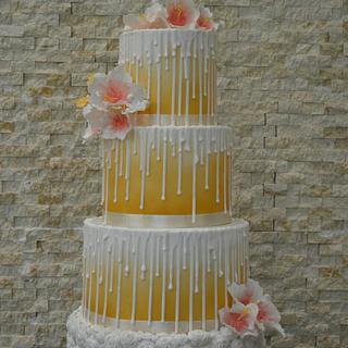 Winter wedding cake  - Cake by Sara Mohamed