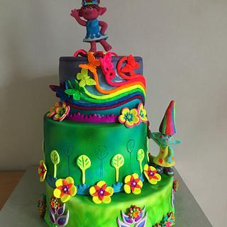 Poppy Trolls cake