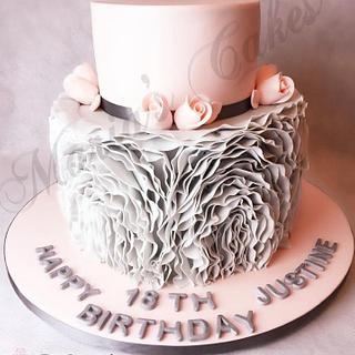 Vintage ruffles cake