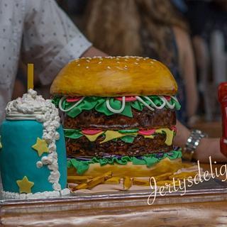 Burger cake - Cake by Jertysdelight