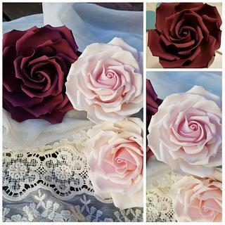 Rosas  en pasta de azúcar