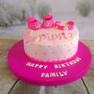 Girly cake  - Cake by Monysweets