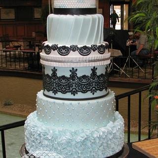 Blue & black Wedding cake - Cake by Julie Tenlen