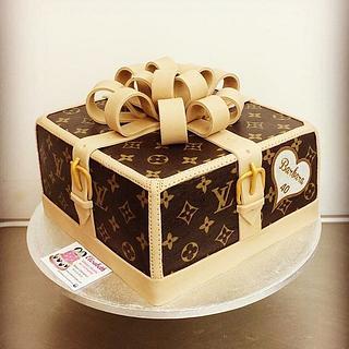 Louis Vuitton  - Cake by elisabethcake
