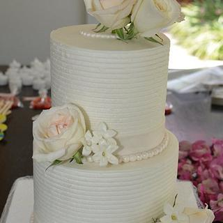 Combed Buttercream and Fresh Flowers