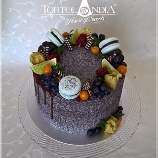 Drip poppy cake