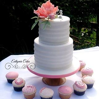 Engagement cake with textured sugar paste