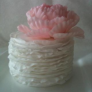 Ruffle Cake with Peony