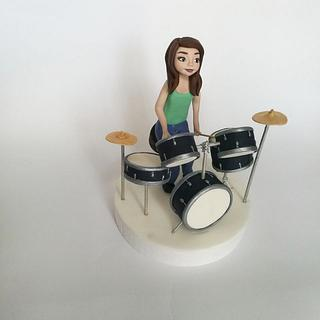 Drum set fondant with girl