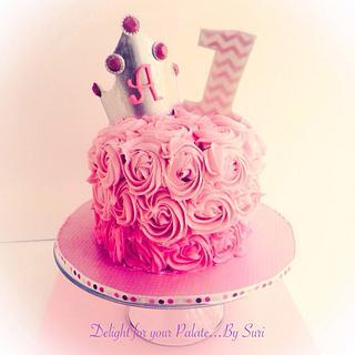 Smash Cake for Princess Avery !!