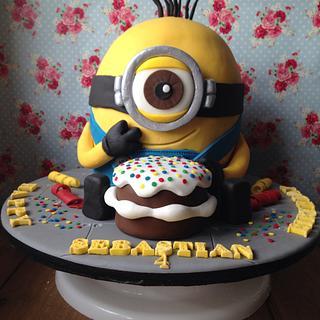 Gary The Minion Cake
