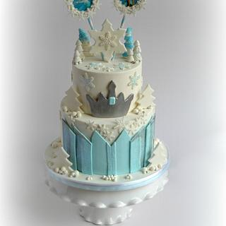 Frozen - in silver and blue - Cake by miettes