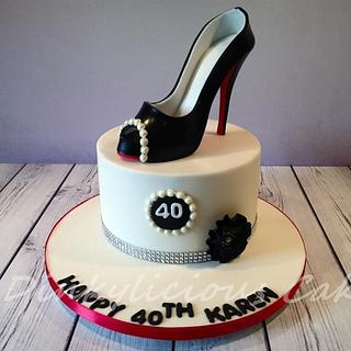 Another sugar shoe - Cake by Dinkylicious Cakes