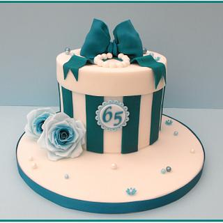 Hatbox Cake - Cake by Gill W