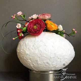 Easter 'broken' egg