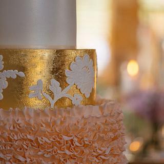Elegant Gold Ruffle cake - Cake by Rachel