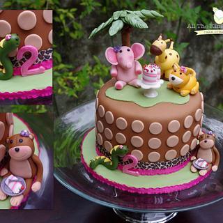 Animal Birthday Party Cake!