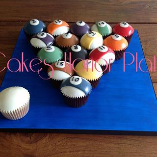 Fathers Day American Pool cupcakes