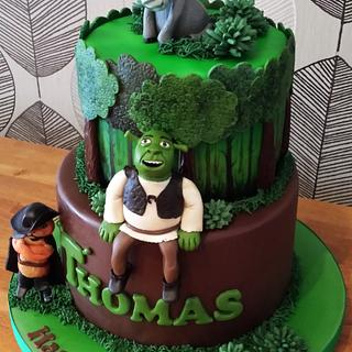 2 Tier Shrek Cake