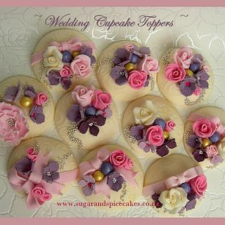 Wedding Flowers Cupcakes - Cake by Mel_SugarandSpiceCakes