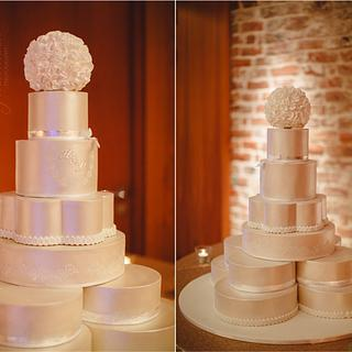 My very own wedding cake  - Cake by CakeryNi