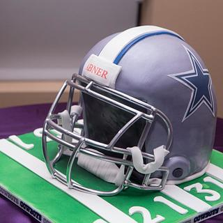 Football Helmet - Cake by YourCakeDiva