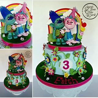 Trolls - Cake by Sarahjanescakeworld