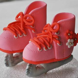 Princess Ice Skates Cake topper. - Cake by yourfantasycakes