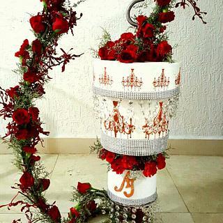 Chandelier Wedding cake  - Cake by Maaria