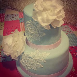 Rice paper peony cake