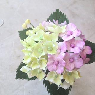 Gum paste hydrangea flower