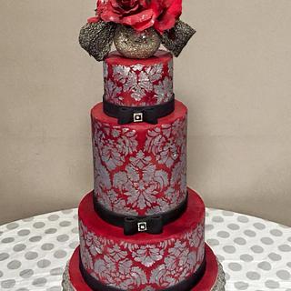 Damask lustre Cake