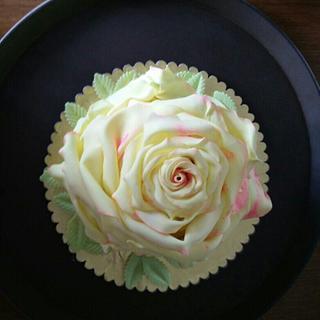 Full bloomed rose cake