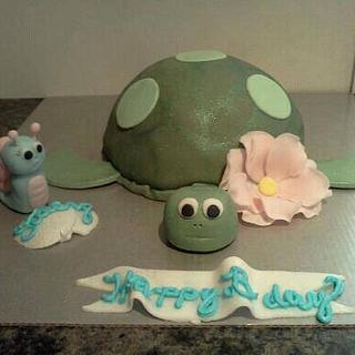 Sea turtle cake and his little snail friend:)