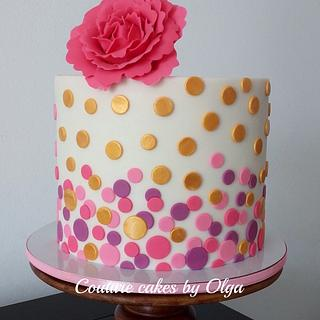 Gold-hot pink cake