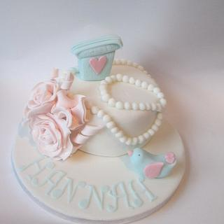 Birdy, Roses and Pearls cake