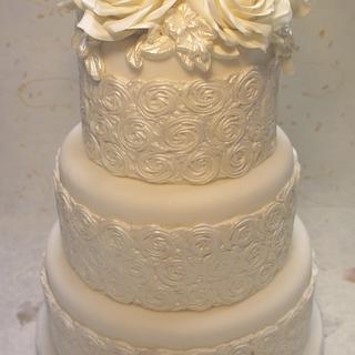White roses wedding cake - Cake by Alessandra