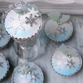 Winter Cupcakes - Cake by Lorna