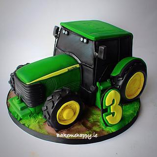 John Deere tractor cake.