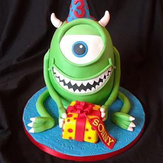 Meet Mike  - Cake by Laura