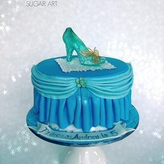 New Cinderella Glass Slipper Cake