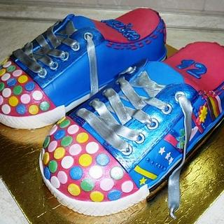 Sneakers - Cake by cicapetra
