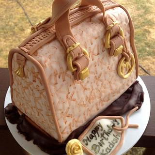 Handbag  cake!!