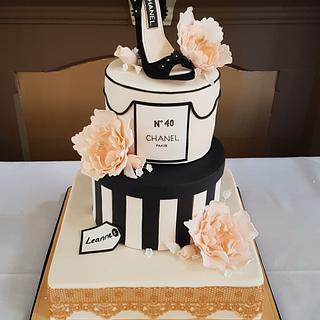 Chanel Chic - Cake by Sugar Chic