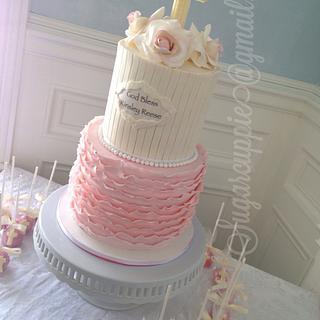 Ruffles and pearls christening cake - Cake by Oribel