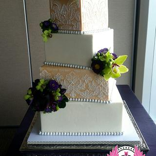 Offset Square Wedding Cake - Cake by Cakes ROCK!!!