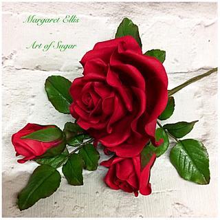 """""""Happy Valentine"""" - Cake by Margaret Ellis - Art of Sugar"""