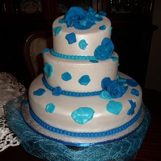 blue cake to birthday
