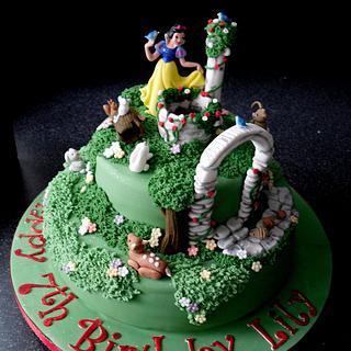 Snow White 'Wishing' - Cake by chezza79